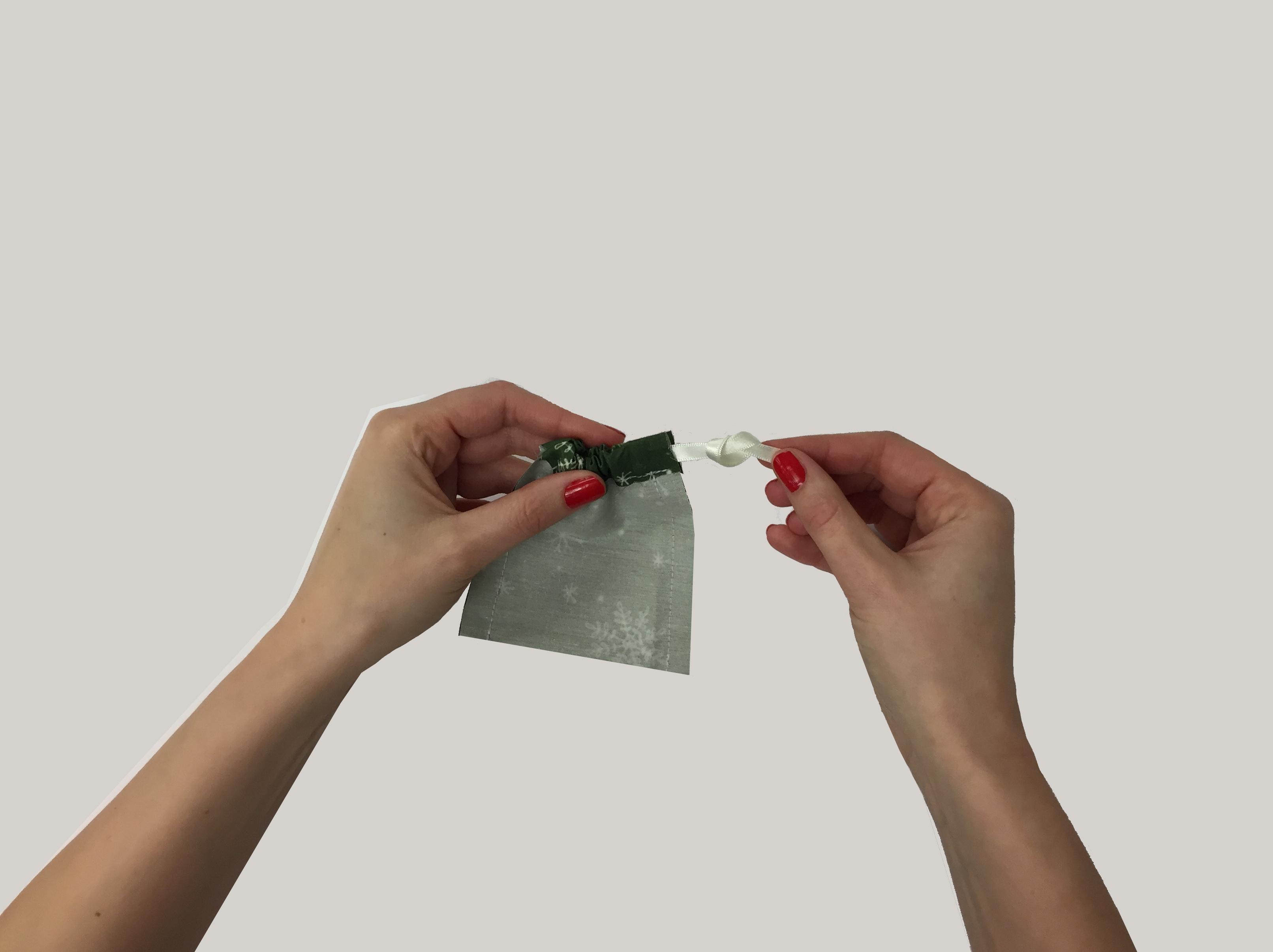 DIY Advent Calendar: Tie Knot